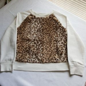 Leapord sweat shirt